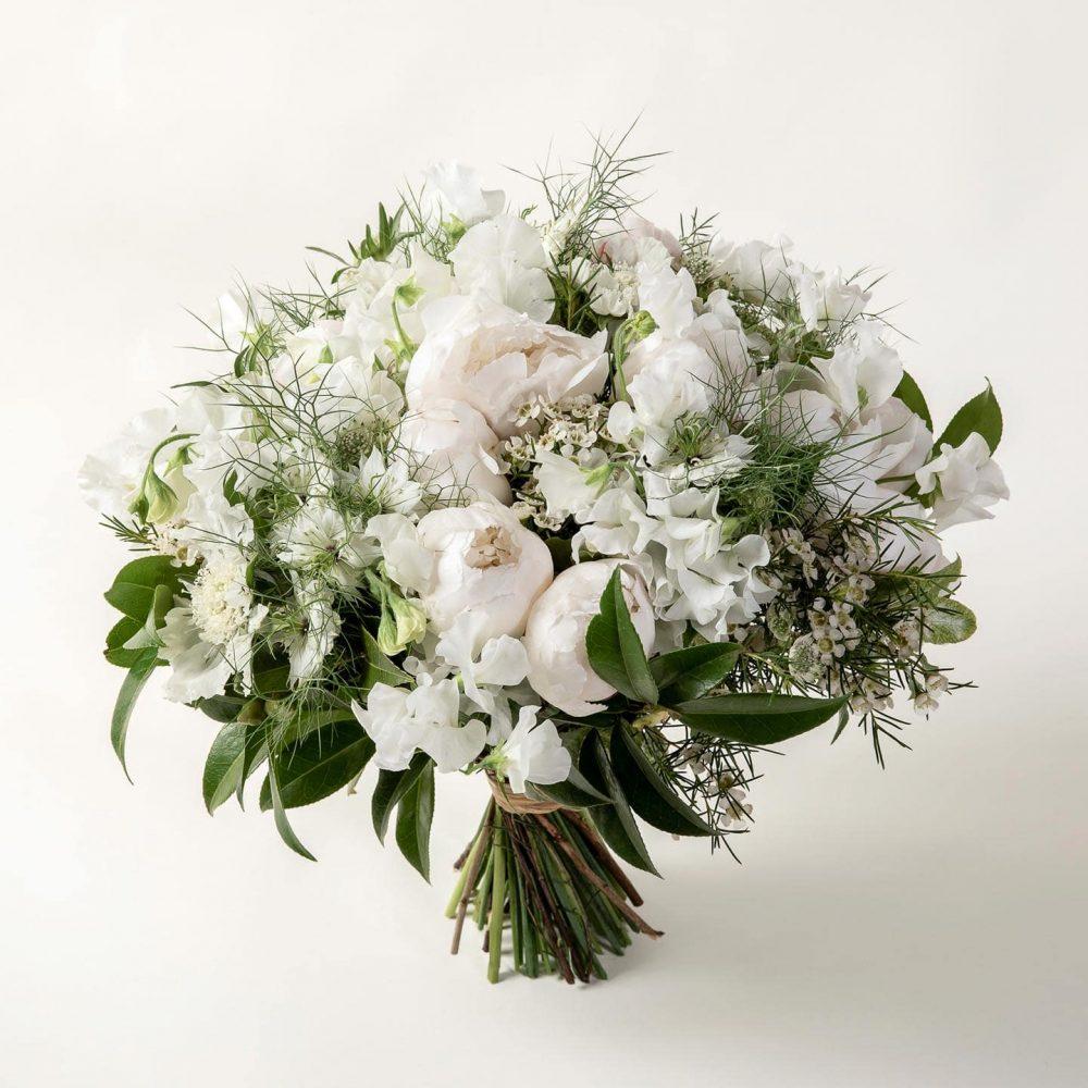 Bouquet de fleurs blanches - Le Sensible