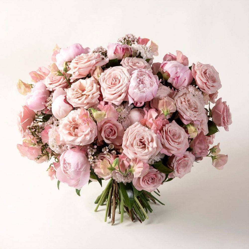 Bouquet de fleurs rose pastel