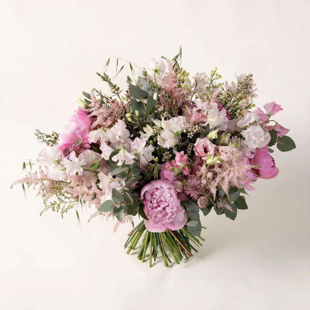 Bouquet de fleurs et végétaux de saison